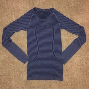 Blue Swiftly 6 Long sleeve LuLu Lemon Top